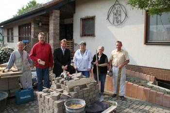 Barrierefreier zugang f r das gemeinschaftshaus dillich - Rampe bauen fur rollstuhl ...