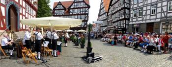 Egerländer Musikanten beim Sommer-Samstags-Konzert in Melsungen. Foto: nh