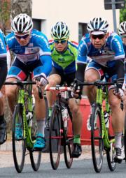 Leonard Mayrhofer (rechts) im Rennen, links Philipp Sohn. Foto: nh