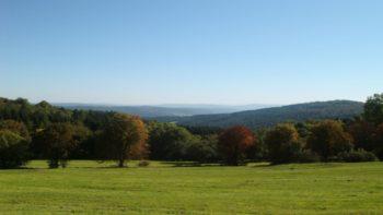 Eisenberg Panoramaweg liefert beeindruckende Bilder im Herbst. Foto: W. Glänzer