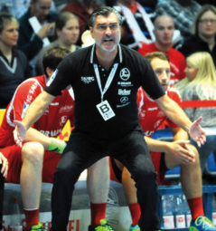Trainer Michael Roth. Foto: Hartung