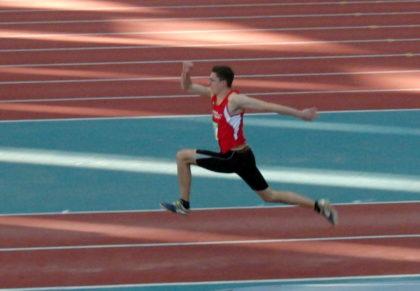 Mit persönlicher Bestweite von 12,86 Meter sicherte sich Tobias Stang den vierten Platz im Dreisprung der Männer. Foto: nh