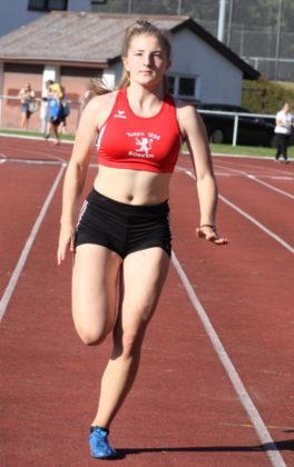 Die herausragende Athletin in der U16 war Paula Tetem aus Borken mit fünf Meisterschaften. Foto: Lothar Schattner