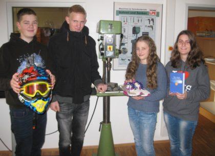 Aus der M10b: Pascal Letting, Marco Klobes, Johanna Heldmann und Ann-Katrin Burger (v.l.). Foto: nh