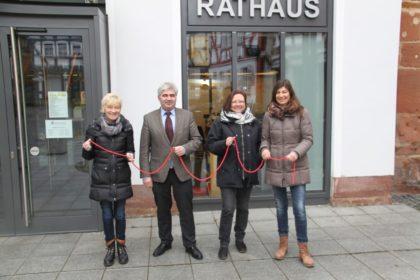 Anne Bertelt, Bürgermeister Stefan Pinhard, Heike Hoch und Marion Mietzner (v.l.). Es fehlt Michael Schott. Foto: nh