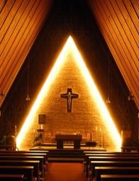 Adventsstimmung in der Wallfahrtskirche Maria Hilf in Trutzhain. Foto: Wolfgang Scholz