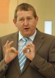 Günter Rudolph, parlamentarischer Geschäftsführer der SPD-Landtagsfraktion. Foto: Archiv/nh