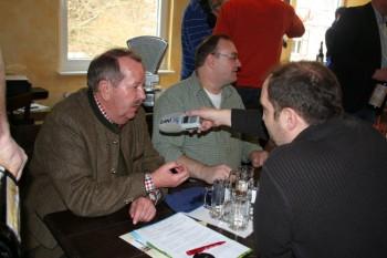 Der stellvertretende Fördervereinsvorsitzende Karl-Heinz Zimmermann im hr-Interview. Foto: Björn Schönewald