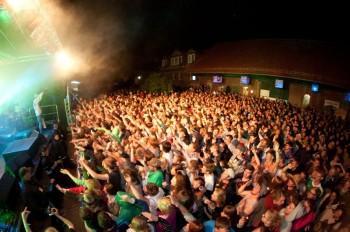 Auch das neunte Musikschutzgebiet wird wieder etliche Fans auf den Grünhof bei Homberg locken. Foto: nh