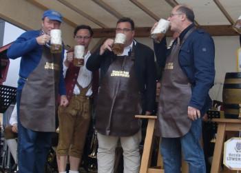 Der traditionelle Fassbieranstich findet am Samstag um 17 Uhr statt. Foto: Hessische Löwenbier Brauerei