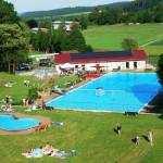 Am Mittwoch wird im Waldschwimmbad die Freiluftsaison 2019 eröffnet. Foto: nh