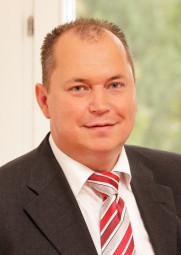 Prof. Dr. Andreas Mann, Leiter des Dialog Marketing Competence Center (DMCC) und geschäftsführender Direktor des Instituts für Betriebswirtschaftslehre am Fachbereich Wirtschaftswissenschaften an der Universität Kassel. Foto: nh