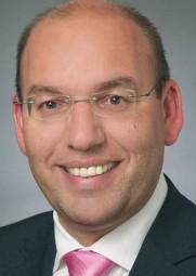 Manfred Schaub, SPD-Bezirksvorsitzender und Bürgermeister der VW-Stadt Baunatal. Foto: nh