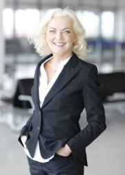 Die Sprecherin der Geschäftsführung der Flughafen GmbH Kassel, Maria Anna Muller. Foto: nh