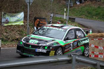 "Der Sieger der Rallye 200: ""Ramonator"" Raphael Ramonat. Foto: Ben Eckel/rallye-fotos.net"