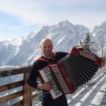 Ab 10 Uhr gibt es am 3. Oktober Akkordeonmusik von Stefan aus dem Voralpenland zum Frühschoppen. Foto: nh