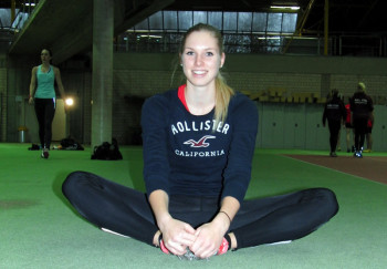 Zuversichtlich fuhr die 18-jährige Karolin Siebert nach Dortmund, um mit zwei Bestleistungen zurückzukehren. Aber die organisatorischen Probleme machten ihr einen Strich durch die Rechnung. Foto: nh