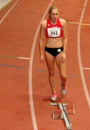 Eine konzentrierte Karolin Siebert vor dem 200m-Start. Foto: nh