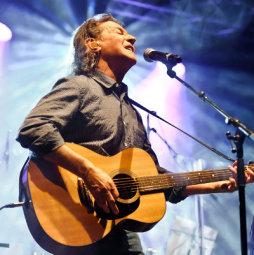 Songbook Tour 2013 von Albert Hammond mit vielen seiner Hits.
