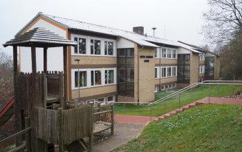 Die Luise-Schröder-Schule in Niedenstein. Foto: Jörg Warlich