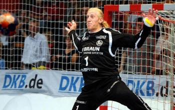 Mikael Appelgren, der mit 18 Paraden seine beiden Gegenüber vom VfL klar in den Schatten stellte. Foto: Hartung