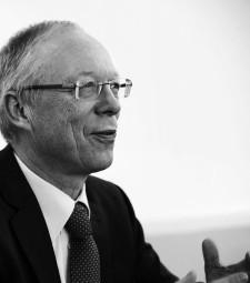SMA-Mitbegründer Günther Cramer ist am 6. Januar im Alter von 62 Jahren versorben. Foto: SMA Technology AG