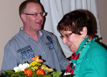 Dank und Anerkennung: Matthias Fennel (links) und Käti Kimpel (rechts). Foto: nh