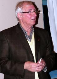Wahlleiter Manfred Feller. Foto: nh