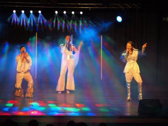 Im Rahmen ihrer Deutschlandtournee ist die Musical Mix-T(o)ur am 9. April 2015 erneut zu Gast in der Stadthalle Homberg (Efze). Foto: nh