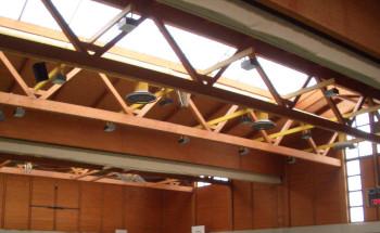 Die neue Deckenbeleuchtung der Großsporthalle Guxhagen. Foto: nh