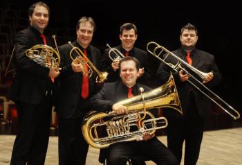 Classic Brass – eines der besten Blechbläserensembles Europas – gastiert mit dem zauberhaften Konzertprogramm »Rendezvous de la Musique« in Melsungen. Foto: nh