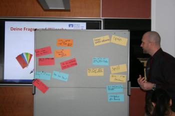 Mitarbeiter Daniel Fuchs zu Fragen und Wünschen. Foto: nh