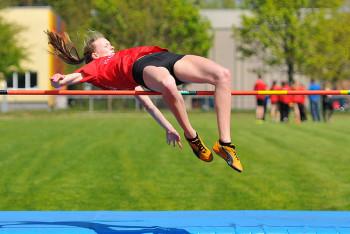 Katharina Wagner sichert sich mit 1,54 m den Titel im Hochsprung. Foto: nh