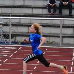 Die 9-jährige Pia Gille überzeugte mit 3.00.68 Minuten als souveräne Siegerin im 800m-Lauf der W10