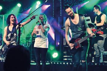 Luxuslärm: Mit den Rockern aus Iserlohn kommt am 12. September eine der angesagtesten Live-Bands Deutschlands zu den Hephata-Festtagen 2015. Foto: nh