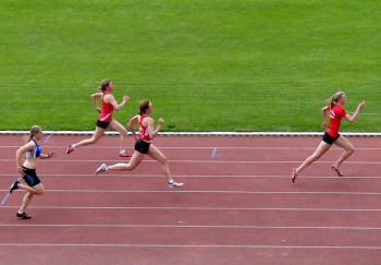 Katharina Wagner eilt dem Feld voraus. Foto: nh