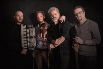 Shiregreen und Band: Sascha Schmitt, Lukas Bergmann, Klaus Adamaschek und Paul Adamaschek (v.l.). Foto: Stengel Fotografie Bad Hersfeld