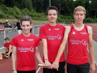 Die erfolgreichen Jugendlichen der MT Melsungen mit Marvin Knaust, Christian Schulz und Lorenz Funck. Foto: nh