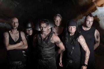 "Rammstein Coverband ""Völkerball"". Foto: nh"