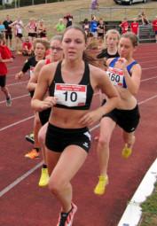 Marie Wagner steigerte sich über 800 Meter über 12 Sekunden und gehört nun mit 2-27 Minuten zu den TOP-TEN in Hessen. Foto: nh