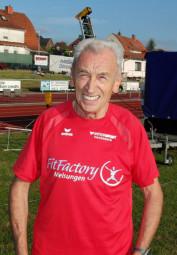 Harry Geier,  der Melsunger Senior hat bei den deutschen Seniorenmeisterschaften zwei Goldmedaillen im Visier. Foto: nh