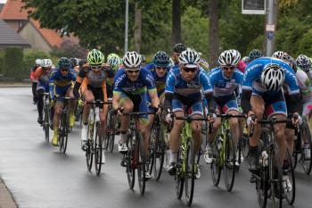 Das Regio Team  macht Speed an der Spitze des Feldes (v.r.): Leonard Mayrhofer, Falk Hepprich und Philipp Sohn. Foto: nh