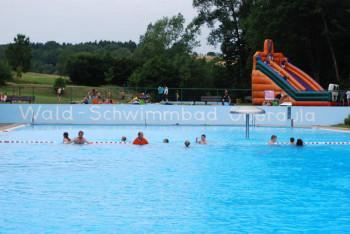 Schwimmbadfest im Waldschwimmbad Oberaula. Foto: nh