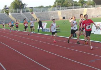 Christian Schulz überzeugte mit einem fulminanten Spurt als Zweiter  im 800m-Lauf. Foto: nh