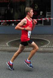 Lorenz Funck lief nach seinem guten 10 km-Rennen nun auch Bestzeit über 1500 Meter. Foto: nh