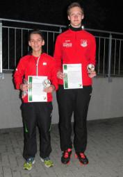 Die beiden Sieger in der U16: Marvin Knaust (links) und der ein Jahr jüngere Stefan Schinköthe. Foto: nh