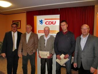 Mark Weinmeister, Udo Brings, Georg Dietz, Hardy Hepp und  Jürgen Lepper (v.l.). Foto: nh