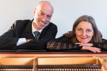 Jochen Faulhammer (Gesang und Texte) und Christine Weghoff (Klavier). Foto: nh