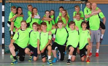 Die große Gruppe im Handballcamp hat immer ganz viel Spaß! Mit Freude genießen die Jungs und Mädels die Ausbildung in den Schulferien. Foto: SG 09 Kirchhof