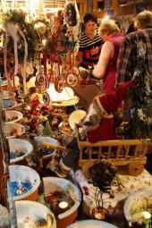 Der weihnachtliche Herbstmarkt im SilberseeStadl. Foto: Rainer Sander
